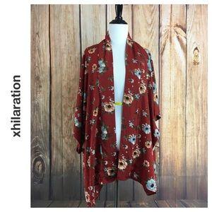 💸Xhilaration red flowery print robe size M/L